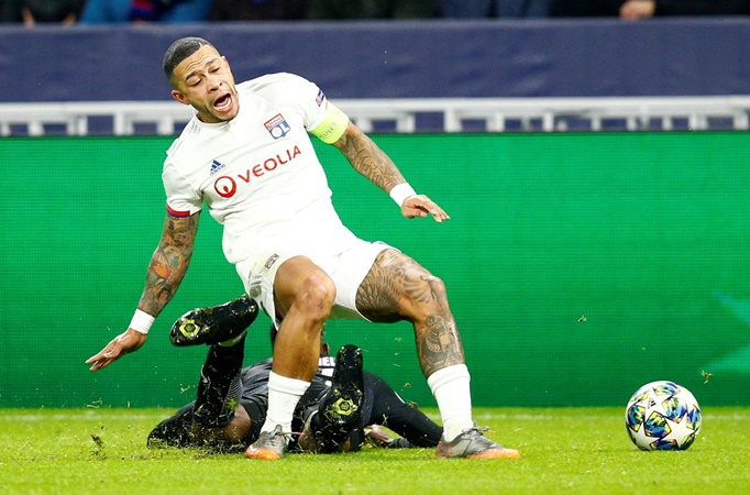 Lyon's Memphis Depay already training just 16 days after knee surgery - Bóng Đá