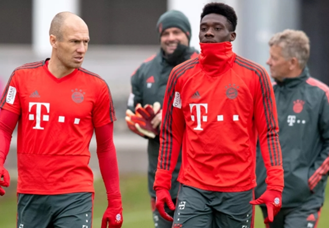 Alphonso Davies: 'Arjen Robben was my favorite player' - Bóng Đá
