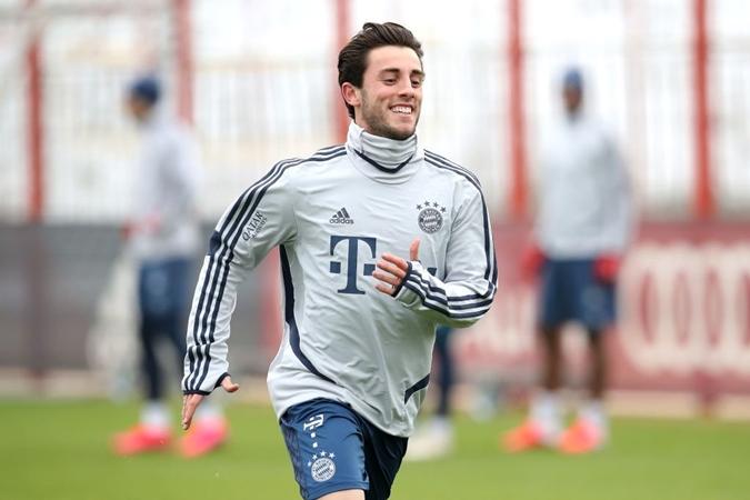 Álvaro Odriozola in today's training - Bóng Đá