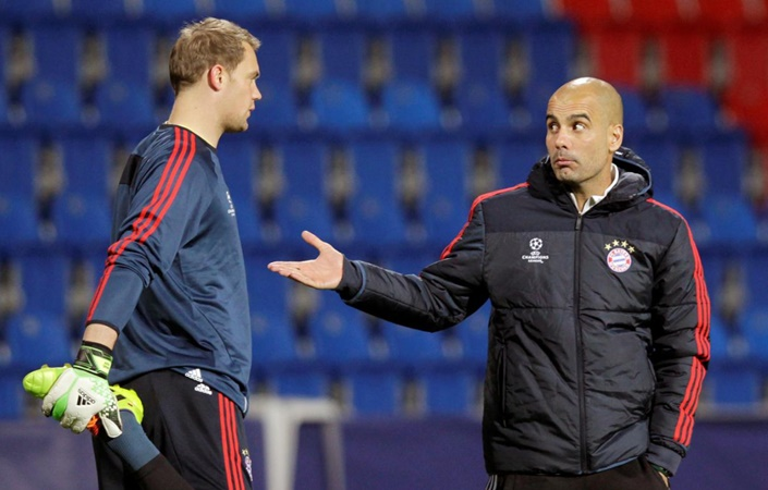 Guardiola wanted to play keeper Neuer in midfield, says Bayern's Rummenigge - Bóng Đá