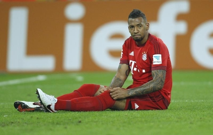 Boateng suffered a knock to his back against Hoffenheim - Bóng Đá