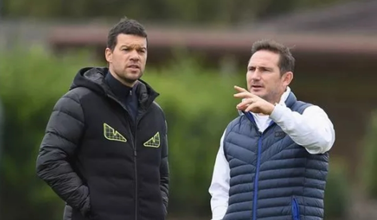 Chelsea and Bayern Munich hero Michael Ballack gives three reasons why Blues will lose tie - Bóng Đá