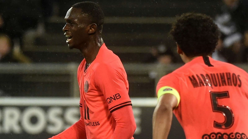 PSG prodigy opens Ligue 1 account with brace against Kakuta's Amiens - Bóng Đá