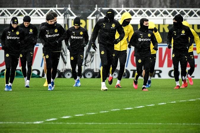 Erling Braut Haaland and Jadon Sancho sharpen up for PSG Champions League clash - Bóng Đá