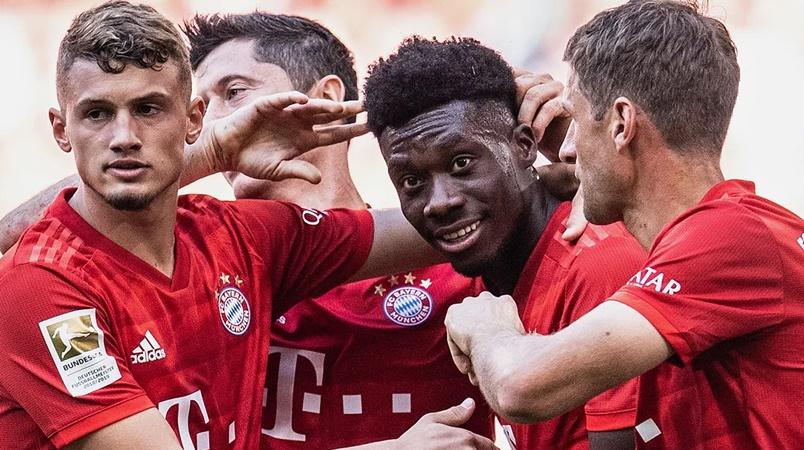 Bayern Munich's Alphonso Davies: