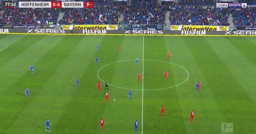 Bizarre finale see Bayern & Hoffenheim pass ball between themselves for final 13 minutes - Bóng Đá