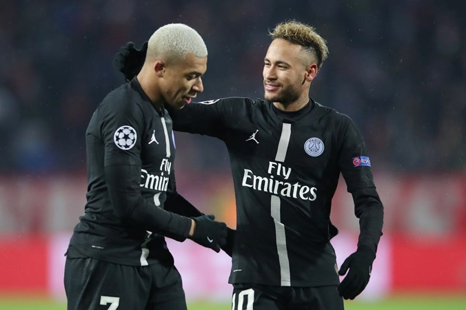 Journalist Claims Mbappé and Neymar are the Future Stars of El Clásico - Bóng Đá
