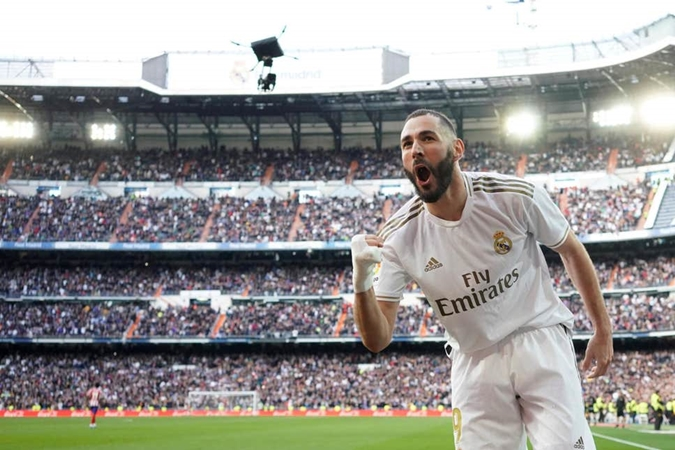 Karim Benzema rules out imminent Lyon return and wants to 'keep making history' at Real Madrid - Bóng Đá