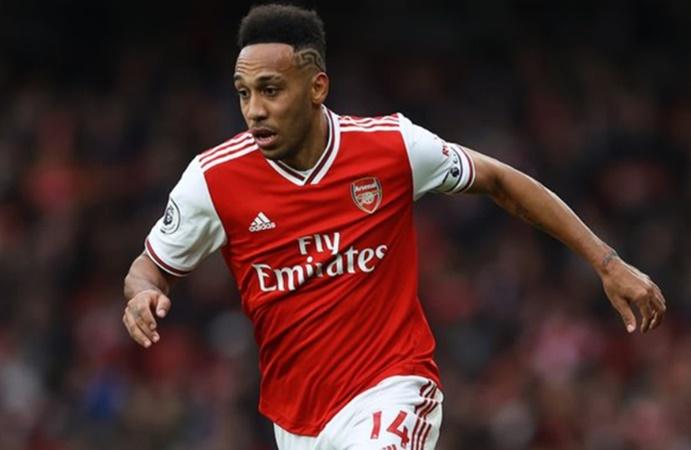 Pierre-Emerick Aubameyang 'did not want' Thierry Henry's No.14 shirt at Arsenal - Bóng Đá