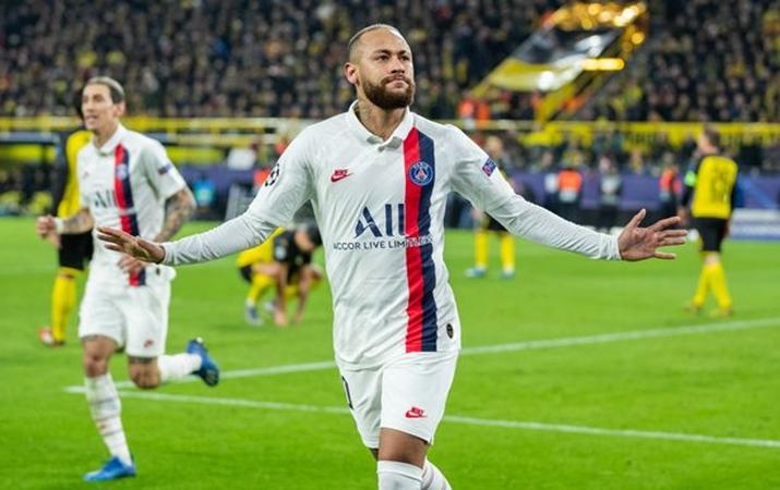 PSG prepare '£640k-a-week contract' to convince Neymar to snub Barcelona transfer - Bóng Đá