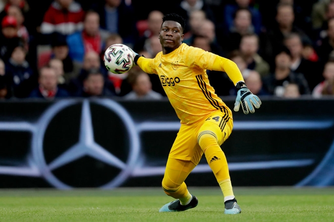 Dortmund reportedly keeping an eye on Ajax goalkeeper André Onana - Bóng Đá