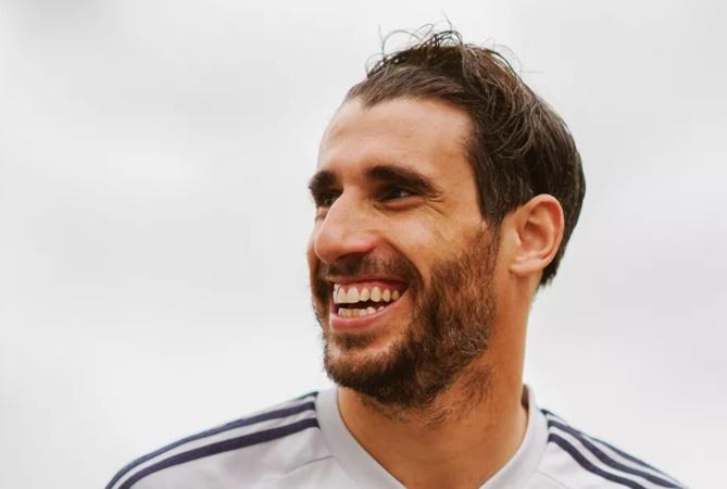 Javi Martinez hints at departure from Bayern Munich - Bóng Đá