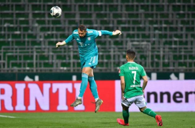 """Boateng phất bóng thiên tài + Neuer """"tay nhanh hơn não"""", Bayern vô địch Bundesliga sớm 2 vòng đấu - Bóng Đá"""
