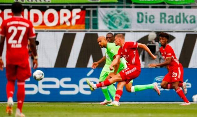 Ảnh sau trận Wolfsburg vs Bayern - Bóng Đá