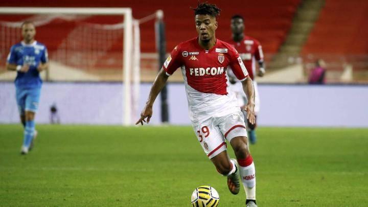 RB Leipzig agree deal to sign Benjamin Henrichs - Bóng Đá