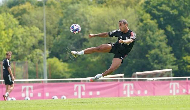 Robert Lewandowski in today's training - Bóng Đá