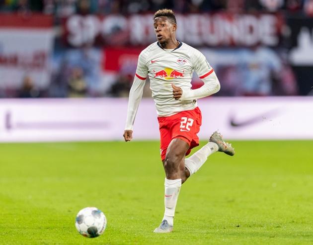 Bayern interested in Mukiele - Bóng Đá
