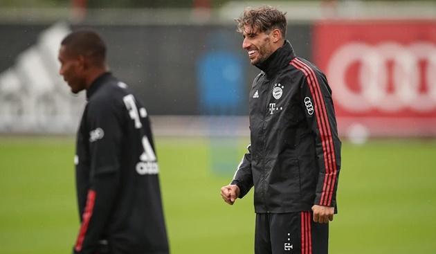 Mạnh tay cải tổ, Bayern quyết định