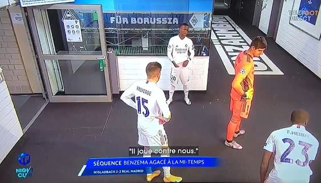 Tunnel footage reveals Karim Benzema laying into Real Madrid team-mate Vinicius - Bóng Đá
