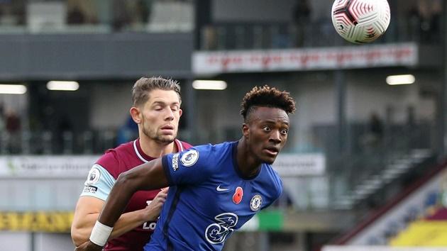TRỰC TIẾP Burnley - Chelsea: Abraham đánh đầu điệu nghệ - Bóng Đá
