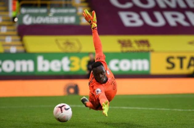 TRỰC TIẾP Burnley 0 - 1 Chelsea: Mount gây sóng gió - Bóng Đá