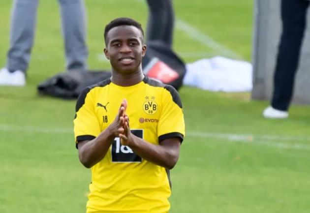 Youssoufa Moukoko included in Borussia Dortmund squad for trip to Hertha Berlin - Bóng Đá