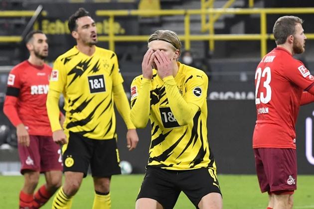 Sự thất vọng của Haaland là tâm trạng của toàn đội Dortmund.