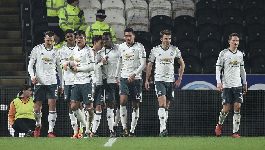 Thua bạc nhược Hull City, Man Utd vẫn góp mặt tại Chung kết