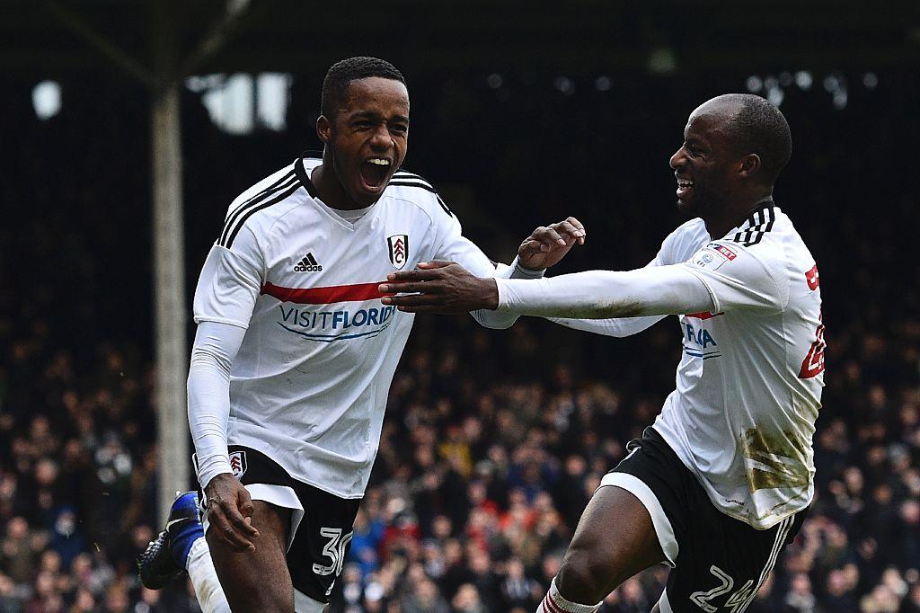 """Fulham ra giá bán """"Ashley Cole đệ nhị"""" cho Liverpool"""