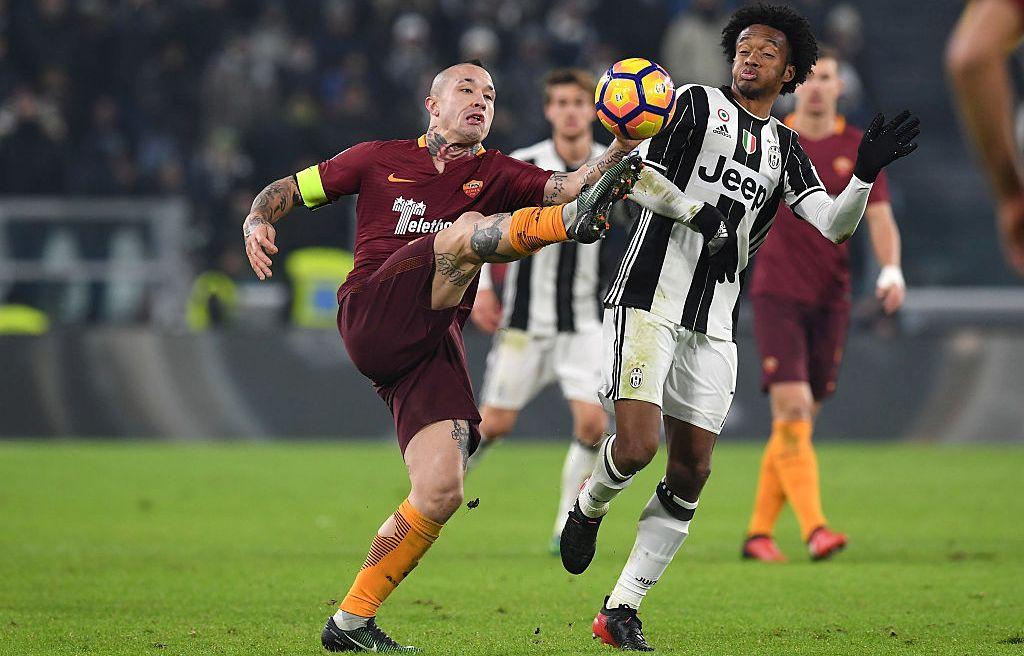 """""""Tôi thù ghét Juve, họ chỉ giỏi ăn bàn từ chấm 11m"""""""