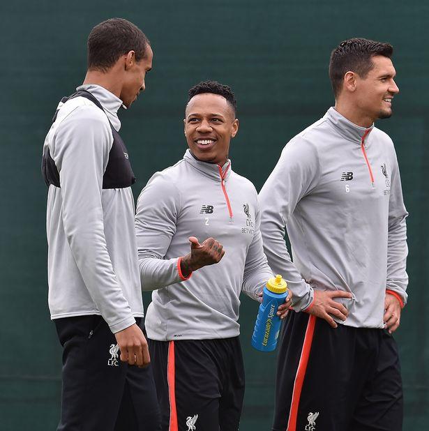 Ảnh tập luyện Liverpool - Bóng Đá