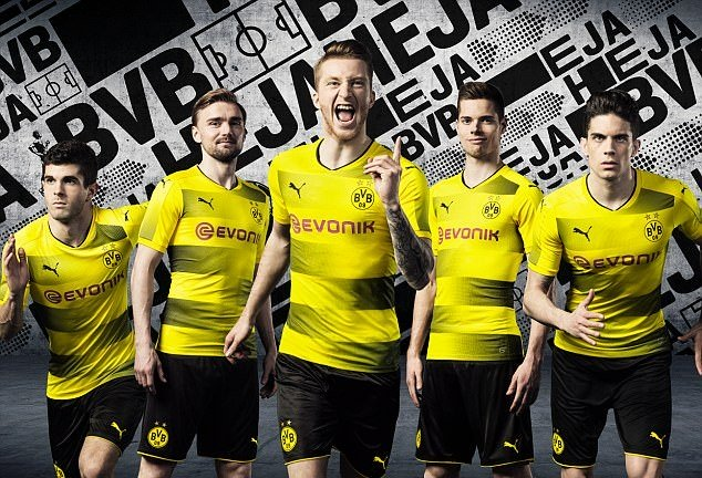 Top 10 mẫu áo đấu mùa giải 2017/18 đã chính thức được ra mắt - Bóng Đá