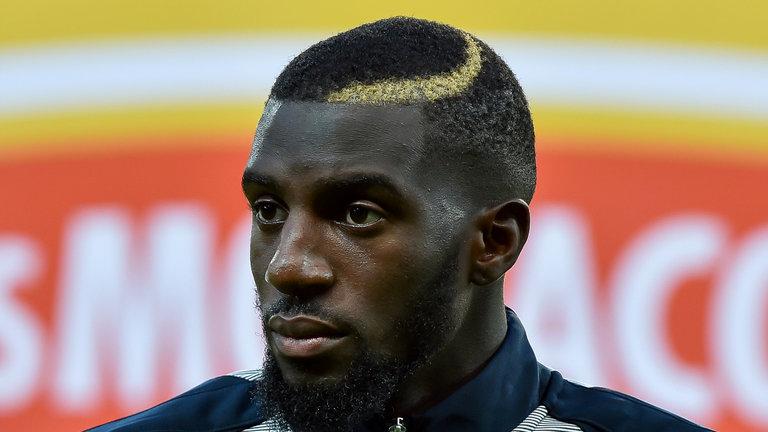Hết chọc tức Chelsea, Man Utd từ bỏ thương vụ Bakayoko - Bóng Đá