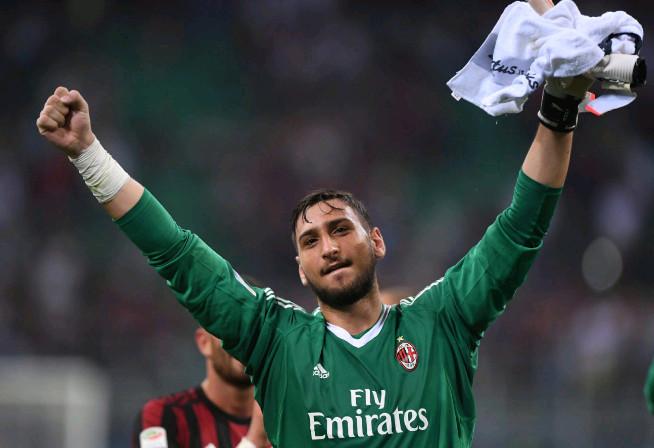 10 ông hoàng lương bổng tại Serie A: Bonucci sánh vai Higuain - Bóng Đá