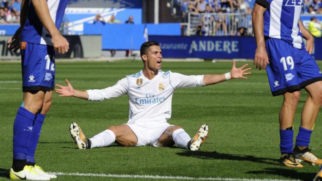 THỐNG KÊ tồi tệ của ronaldo sau trận thắng Alaves - Bóng Đá
