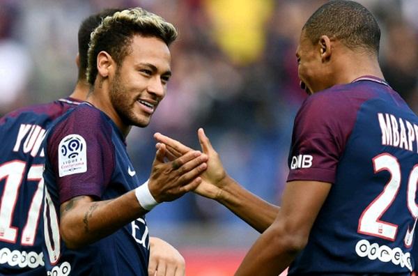 Giữa Neymar và Griezmann, Mbappe