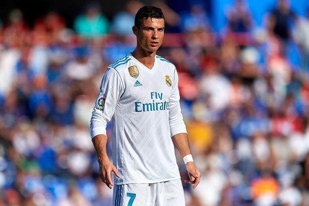TIẾT LỘ: Chính Ronaldo ngăn Pogba đến Real - Bóng Đá