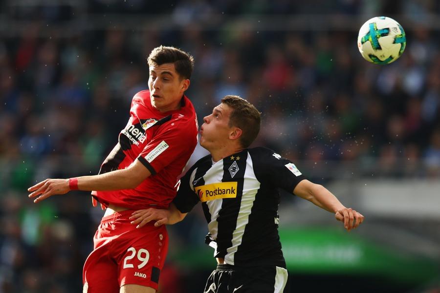 Leverkusen huỷ diệt Monchengladbach.