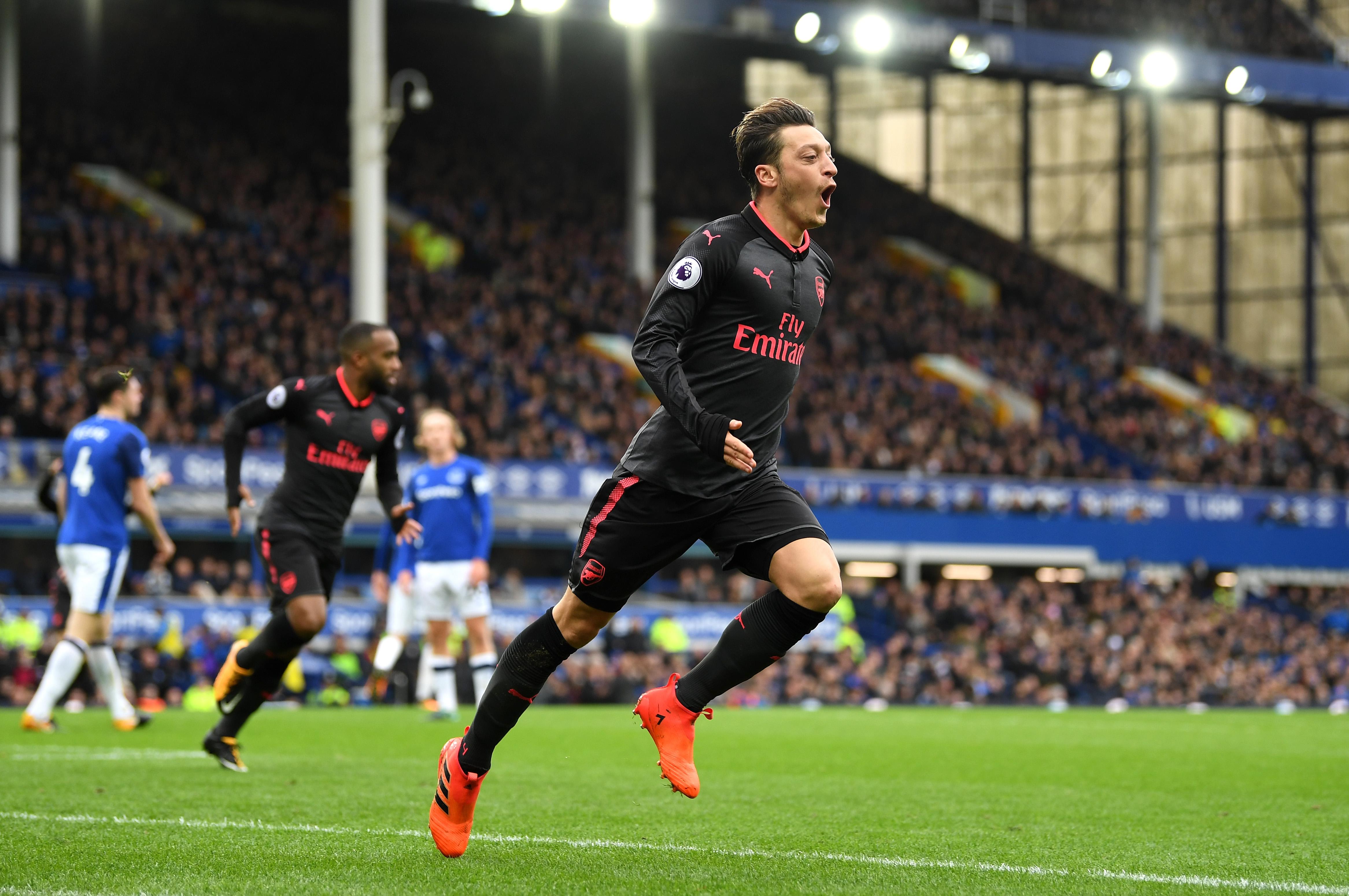 Man Utd không cần bạo chi vì Mesut Ozil - Bóng Đá