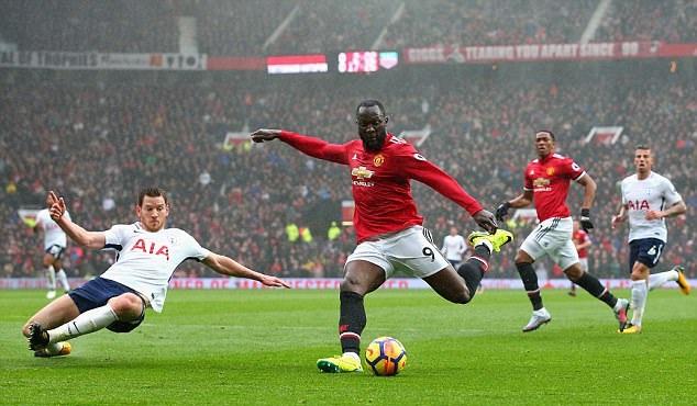 Lukaku hé lộ nhân tố X giúp M.U bám đuổi Man City - Bóng Đá