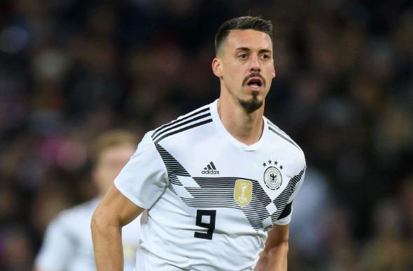 Bayern chiêu mộ tuyển thủ Đức chia lửa cho Lewandowski - Bóng Đá