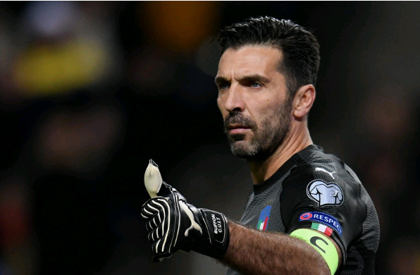 Buffon chưa muốn dứt tình với Italia - Bóng Đá