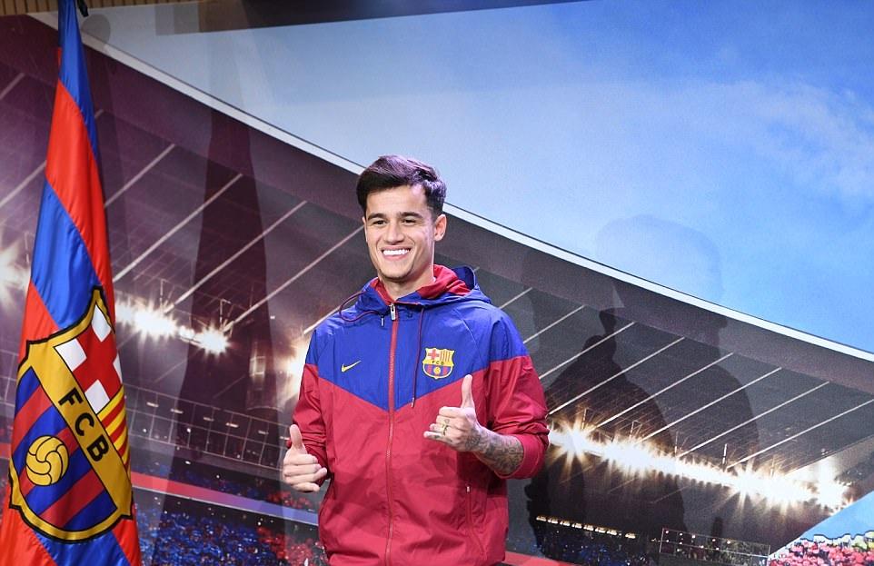 Hành trình Coutinho sang Barca qua ảnh - Bóng Đá