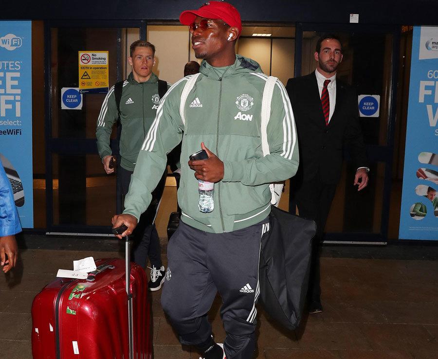 Dàn sao Man Utd trở về từ Dubai, sẵn sàng hạ Stoke City - Bóng Đá