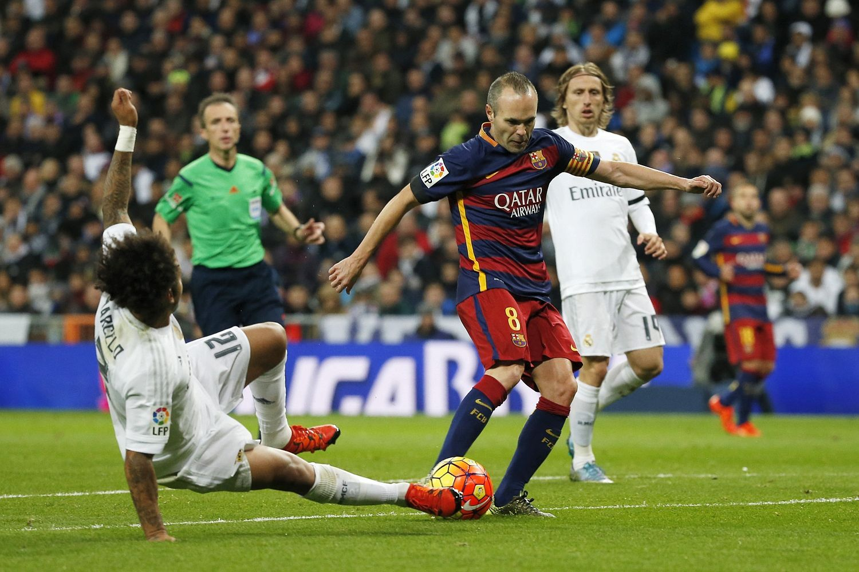 Iniesta-Barca-Real-1