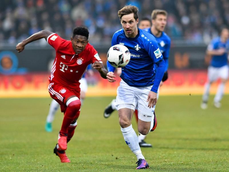 Siêu phẩm của Costa đưa Bayern trở lại ngôi đầu