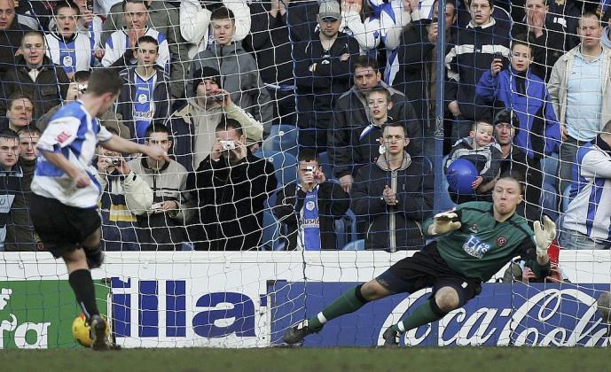 Tận dụng phạt đền tốt nhất lịch sử Premier League: M.U thứ 18, Chelsea hạng 5 - Bóng Đá