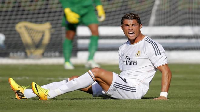 Kết quả hình ảnh cho Thương vụ 100 triệu Euro để Real đón Lewandowski về với Ronaldo