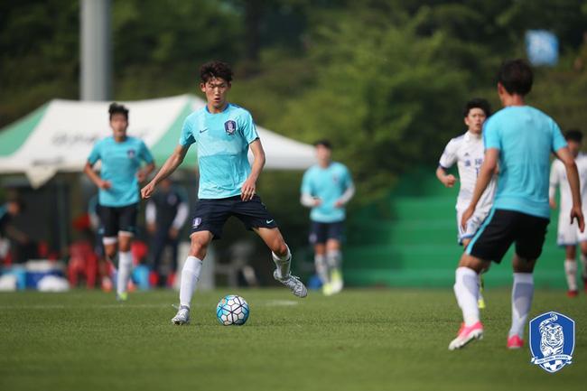 Điểm tin bóng đá Việt Nam tối 17/07: U22 Hàn Quốc sợ bị học viên nhí...