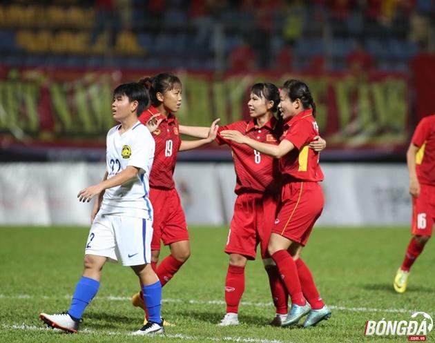 Trực tiếp SEA Games 29 (24/08): Vũ Thị Nhung mở tỷ số cho Việt Nam - Bóng Đá